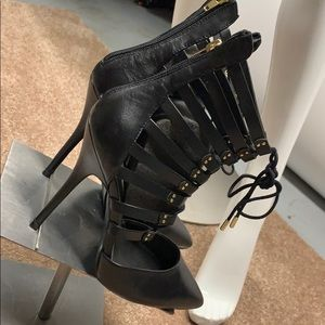 Steve Madden Lace-up Booties
